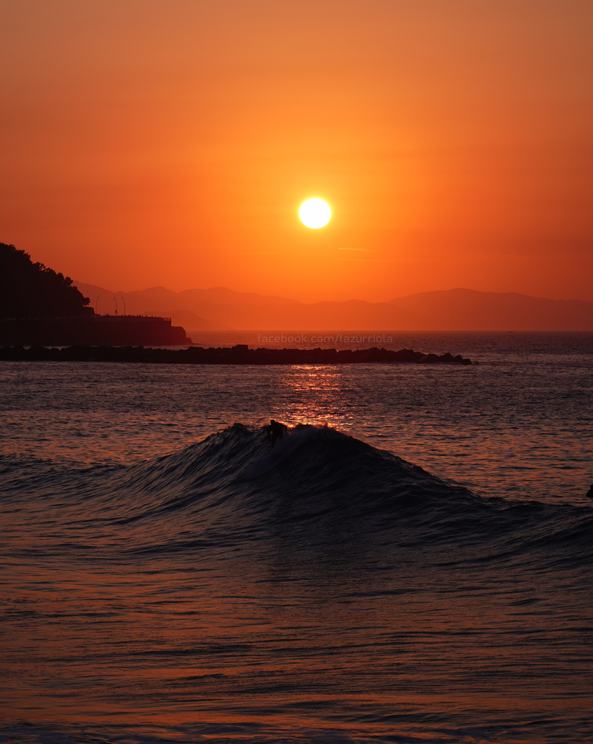 Zurriola Wave Sunset - Fotos de San Sebastián